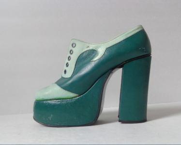 Gibson Girl Vintage shoe