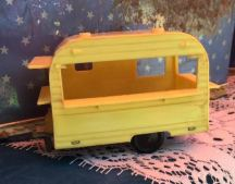 Patina South yellow camper